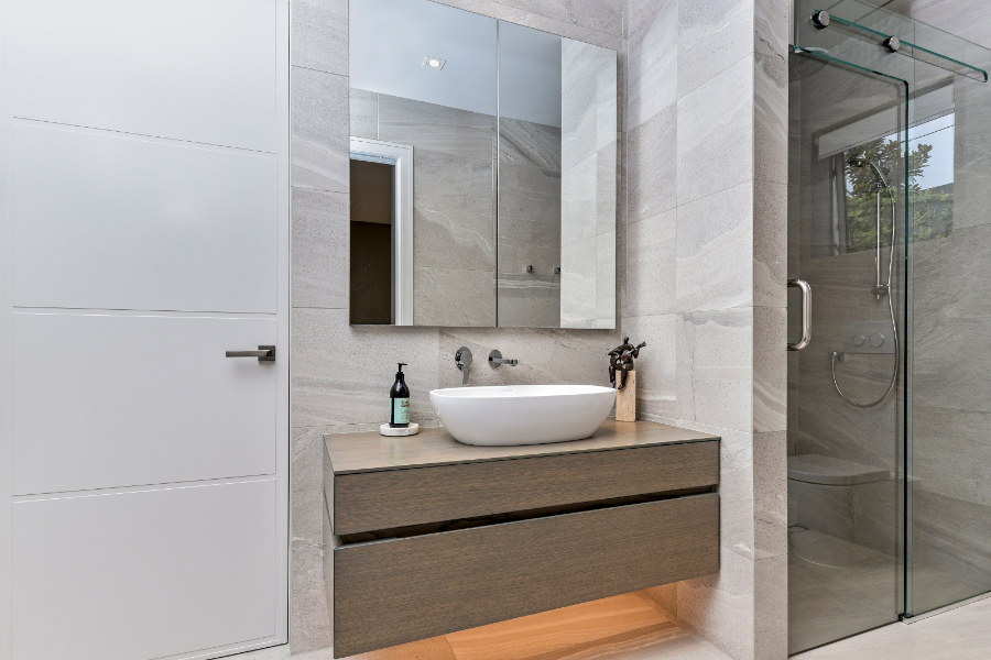Understated Elegance HOTY - bathroom and vanities (4)-235