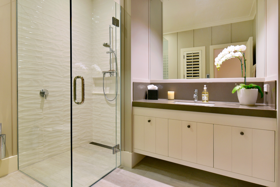 Ultimate Luxury - JD Glover Homes -ensuite-84